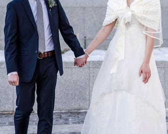 Winter Wedding Cape, Bridal Crochet Shawl, Ivory Crochet Bolero, Bridal Stole, Ivory Bridal Wrap, Romantic Wedding Bolero Jacket, Knit Shrug