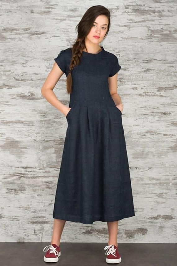bleu longue robe en lin robe longue en lin robes longues. Black Bedroom Furniture Sets. Home Design Ideas
