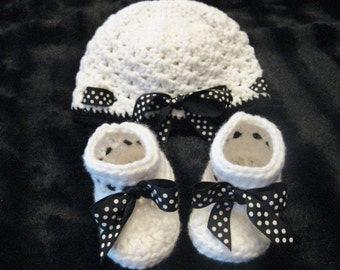 Crochet White Hat with Black and White Polka Dot Ribbon and Booties Set Baby Girl Shower Gift