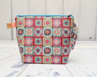 Granny squares Large Clutch Project Bag, Cross Stitch Project Bag, Large Wedge Zipper Bag for Knitting and Crochet.Padded Bag
