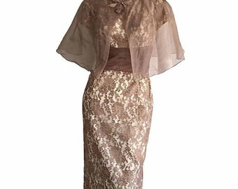 INCREDIBLE 1950s Starlet  French Lace Vintage Dress AND Cape / Gorgeous wiggle Bodycon Rockabilly Pin Up Dress Set / Chantilly Lace XS S