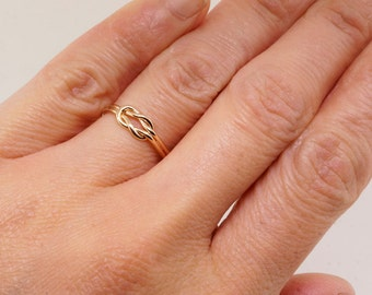 Gold Sailor Knot Ring - Promise Ring for Her - Celtic Knot Ring - Dainty Ring - Minimalist Ring - Infinity Ring - Eternity Ring