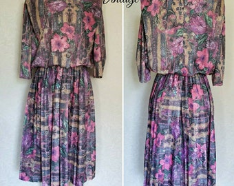 Vintage Floral Abstract Pleated Dress with Shoulder Pads