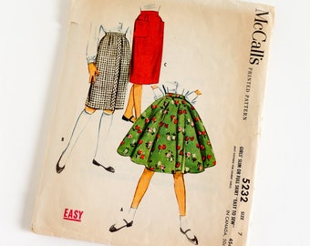 Vintage 1950s Girls Size 7 Slim or Full Circle Skirt McCalls Sewing Pattern 5232 Complete / w22.5""