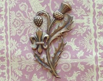 LG French Vintage Fleur de Lis Thistle Stamping(1pc)Vintage Brass Stamping/French Stampings/French Findings/French Floral Stampings[#L11]