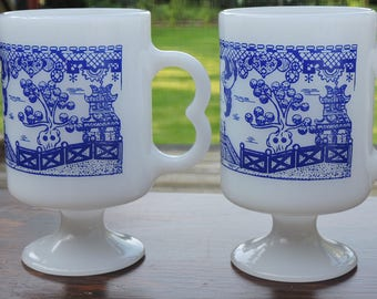 Vintage Set of 2 Milk Glass BLUE WILLOW Pedestal Mugs