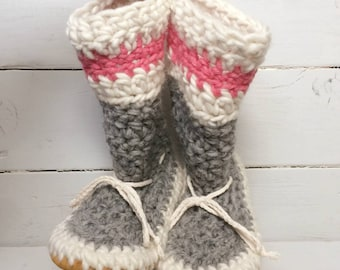 Womens slippers,Crochet slippers,Ladies slippers,Ladies cuff slippers,Mukluk slippers,Ladies slipper boots,Slipper boots,Work sock slippers