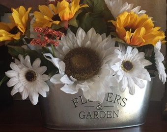 Just  REDUCED.......SUNFLOWERS  will make your Home so Summery in your KITCHEN. Beautiful Faux Silk sunflowers in Yellow Gold and White.
