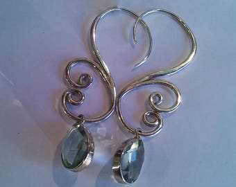 Is 925 Silver earrings with Amethyst, teal, crafted by hand