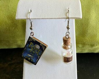 Peter Pan earring set