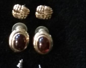 Vintage set of 4  Gold Earings