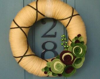 Yarn Wreath Felt Handmade Door Decoration - Greenery 12in