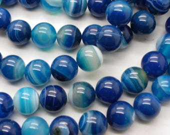 10 agate 12 mm blue white and blue agate enrubannées