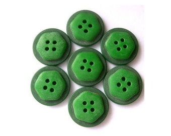 6 Antique vintage buttons, 2 green shades, 17mm, plastic, RARE