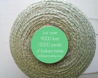 CLEARANCE Bakers twine  Green and White 3000 yards spool