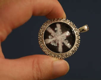 Photo of Snowflake in Key Chain Under Glass - NOT A REAL SNOWFLAKE - Bitcoin accepted