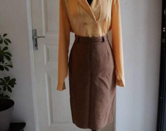 Caramel brown skirt style 1940 straight cut