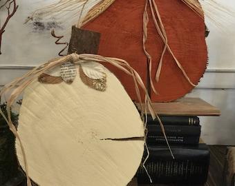 Wood slice pumpkins set - organge and white