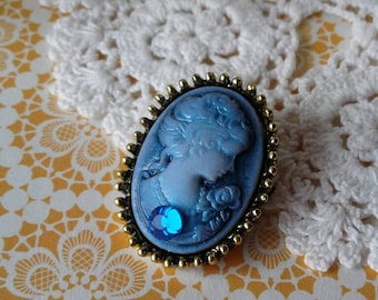 Victorian Cameo Brooch Pin
