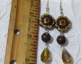 Flower earrings, earthtone earrings, brown and gold earrings, ceramic flowers, brown and gold , earrings, handmade earrings,