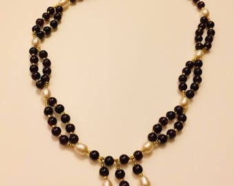 Garnet, pearl and seed bead necklace.  ~16 inches