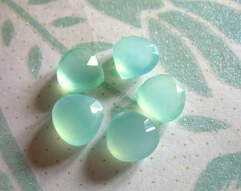 2-20 pcs, CHALCEDONY HEART Briolettes Beads, Luxe AAA, 10.5-12 mm, Seafoam Green, Faceted, bridal brides wedding, solo 1012