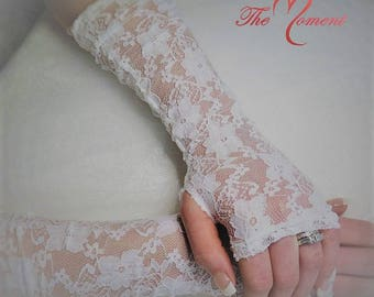 White Embroidered Floral Lace Wedding Gloves, Bridal Gloves, Fingerless Gloves, White Bridal Gloves, Costume Gloves, Prom Gloves