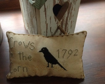 """Primitive fall  """"crows in the corn"""" pillow tuck"""