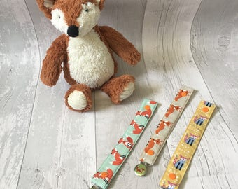 Foxes Pacifier Clip, Baby Pacifer clip, Dummy Clip, Dummy Pacifier Clip, Dummy Fabric, Orange fox Fabric, Binky, Baby pacifier clip, fox
