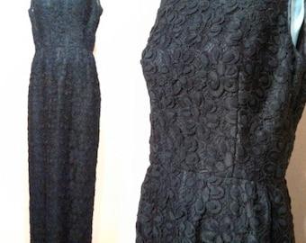 Stunning 50s Black Lace Dress / Vintage Lace Dress / Little Black Dress / Glamorous Party Dress / Rosette Bow