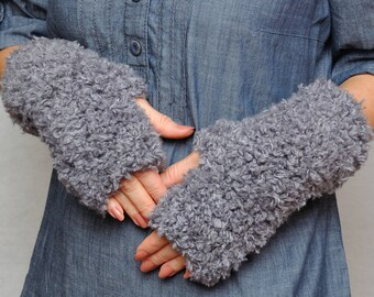 Clothing gift Outdoors gift Knit Fingerless Gloves Fur Bear chunky gloves Arm Warmers Wrist Hand warmers Womens Gloves Teen Winter Gloves