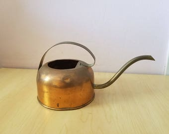 Vintage handmade COPPER KETTLE with  handle