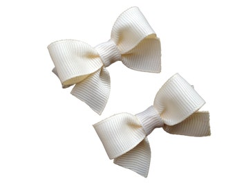 Small ivory hair bows - small ivory bows, baby bows, toddler bows, small bows, girls hair bows, hair clips, hair bows, girls bows, bows