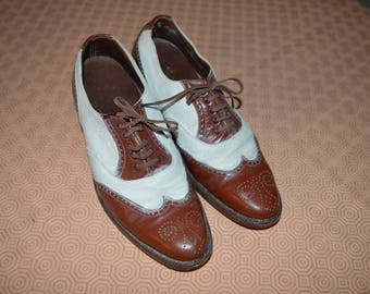 1940s American two-tone shoes size 6.5 UK