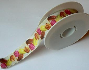 Macarons beige background 1 B 25 mm Ribbon
