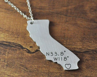 Custom map necklace, silver California necklace,personalized state necklace, state charm, Alloy Custom map jewelry, Custom state jewelry