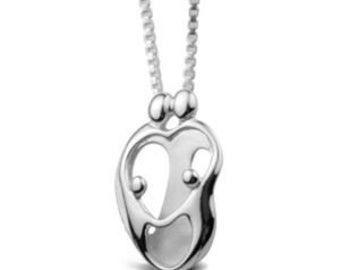 Mother and child family 2 parents and 2 children solid sterling silver 925 small pendant