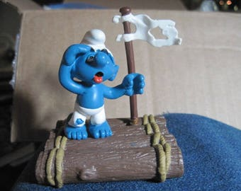 VINTAGE Raft SUPER Smurf w/ Raft & Sail ...RARE Display Only..Vintage Toys,Collectible,Gift 4 Outdoorsman,Gift 4 Rafter,Gift 4 River Guide