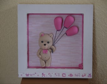 Customizable frame decorated with a teddy bear and her pink balloons