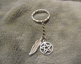 Pentacle & Feather Keychain