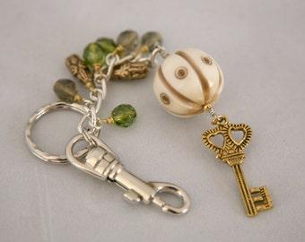 Vintage Acrylic Ball and Key Charm Fun and Funky Beaded Keychain, Charm Keyring, Dangling Key Chain, Purse Charms, Purse Hook