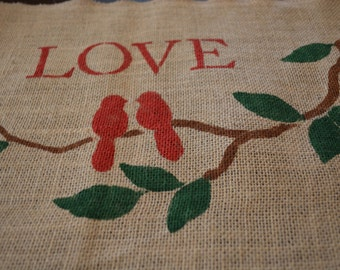 Love Bird Burlap Placemats / Love Burlap Placemats / Bird Placemats / Valentine Burlap Placemats / Valentine's Day / Placemats