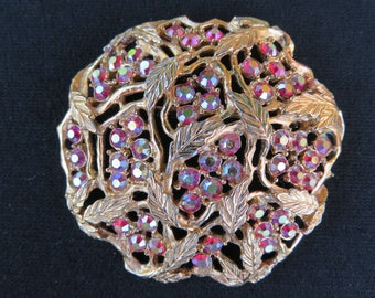 Sarah Coventry Leaf Vine Round Brooch