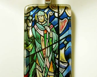 Saint Patrick pendant with chain - GP01-153