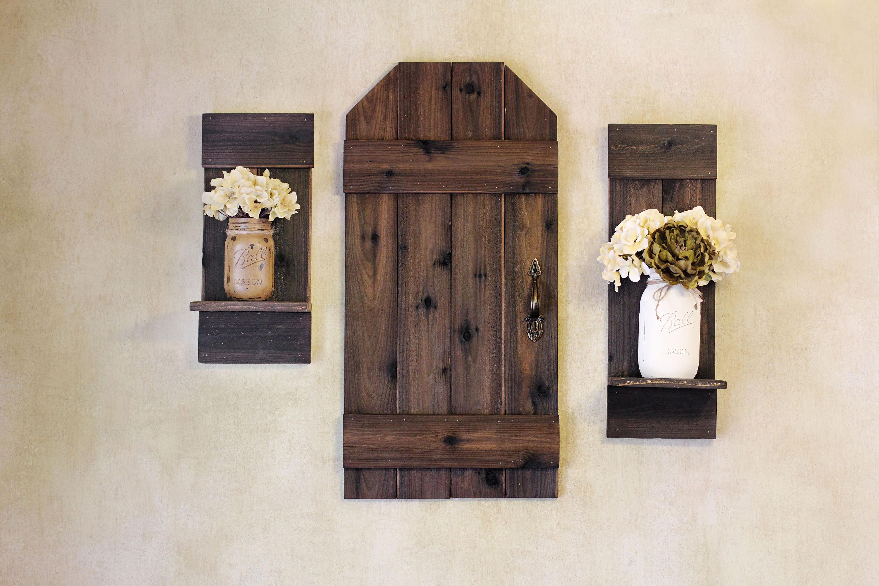 Exceptionnel Rustic Barn Door, Mini Barn Door, Wood Shutters, Rustic Wall Decor, Rustic