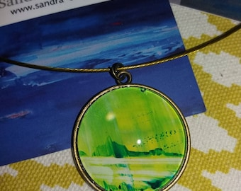 Cable necklace and one light green pendant
