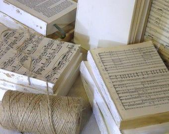 White Decorative Books, Vintage Books, Home Decoration, Old Book Decor, Painted Book Set