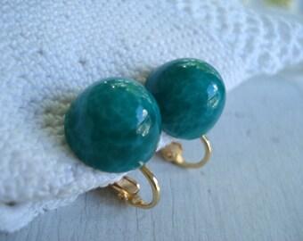 SALE Vintage Jade Green Peking Glass Cabochons Gold Clip Earrings Japan