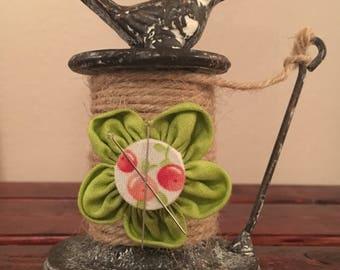 Flower Magnet Pincushion
