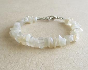 Moonstone gemstone chip beads beaded bracelet